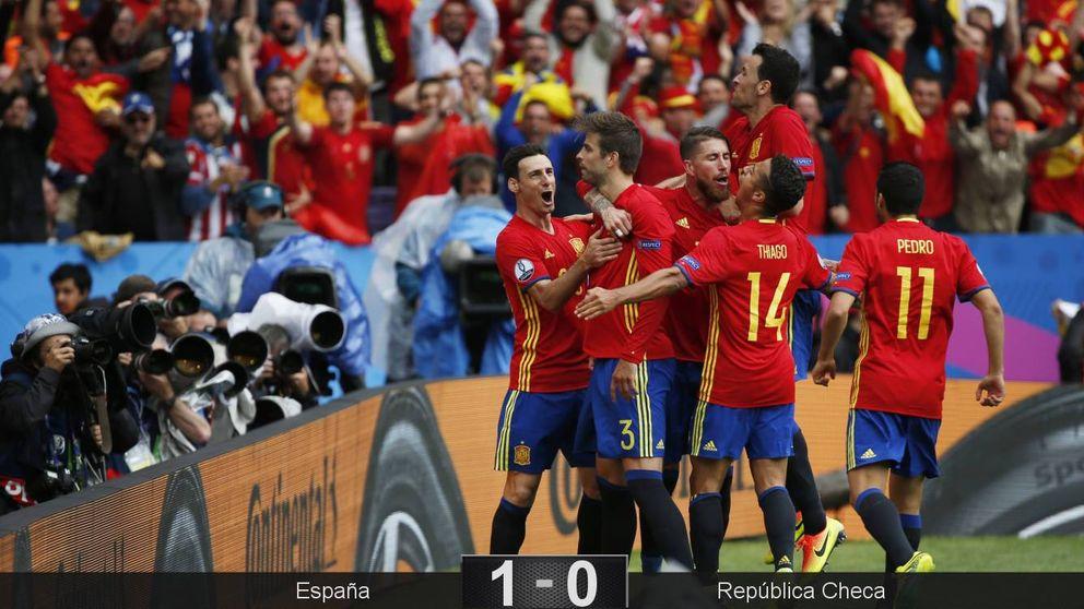 Con Iniesta todo es posible: Andrés saca del primer apuro a la España de De Gea