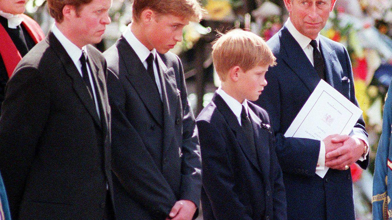 Las dos frases que el príncipe Carlos pronunció al conocer la muerte de Lady Di
