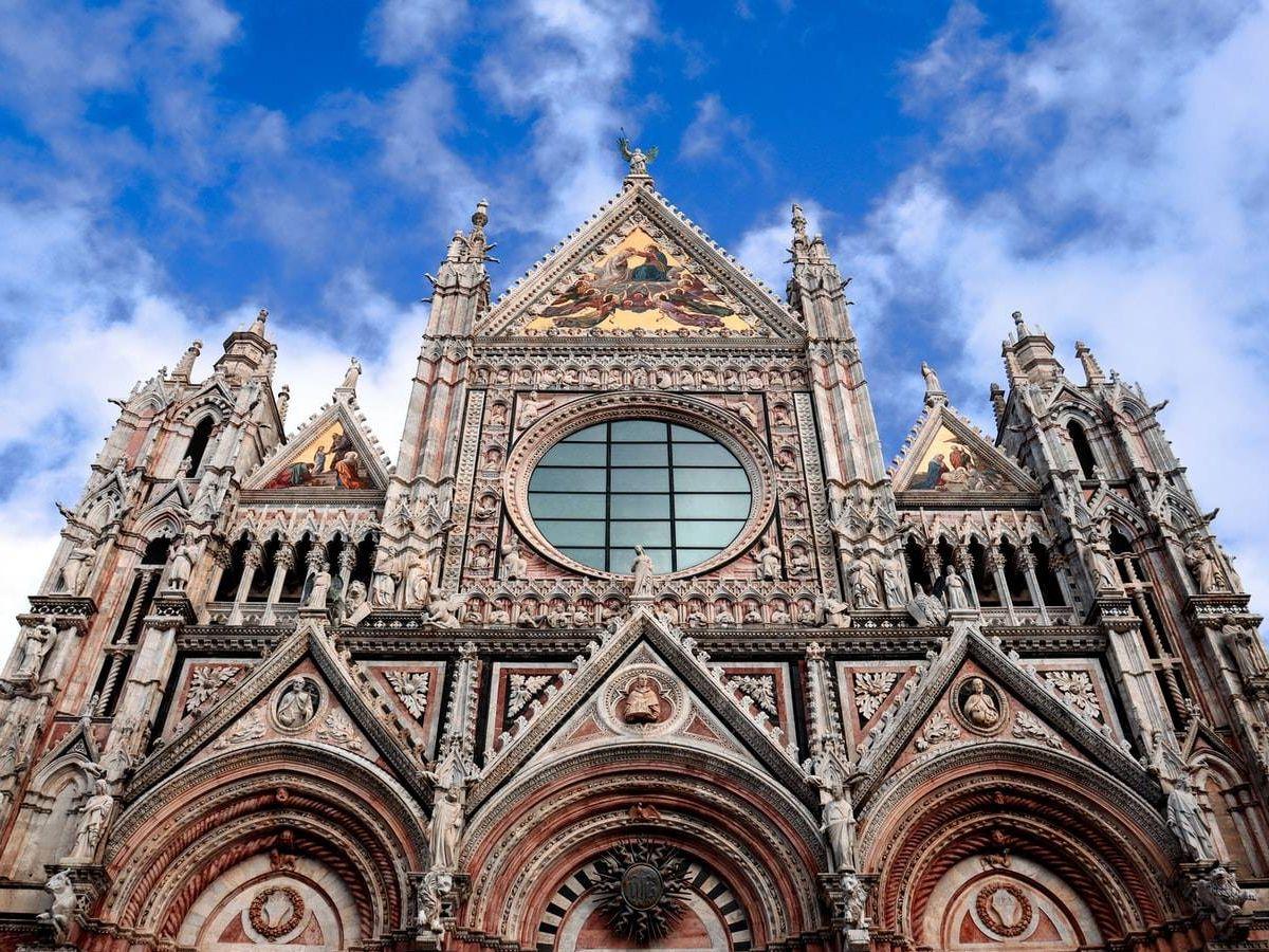 Foto: Catedral de Santa María Assunta de Sienna. (Ágatha Depiné - Unsplash)