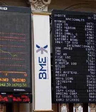 Foto: EEUU acaba con la racha alcista del Ibex, que no aguanta los 8.300 puntos