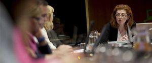 Maite Pagaza deja la Fundación de Víctimas con una cena homenaje en la jornada de reflexión