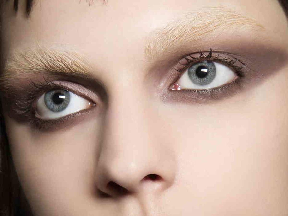 Foto: La versión de Givenchy de las bleached brows en 2016. (Imaxtree)