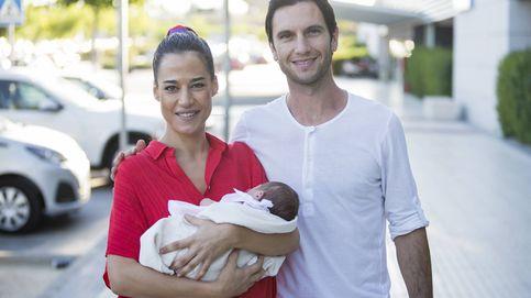 Ana Bono y Gabriel Funes presentan a su hija entre rumores de crisis