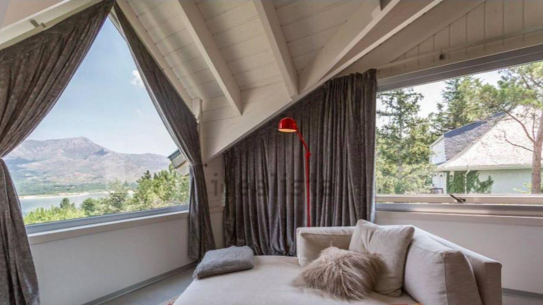 Vea aquí todas las fotos de la espectacular casa de Carlos Lozano en la sierra de Madrid.