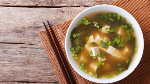 Sopa, gachas, frutas tropicales... Así (de raro) se desayuna en otros países