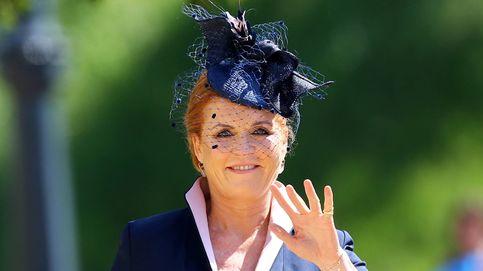 Dolce, McQueen... Sarah Ferguson lleva su peculiar estilo a la alta costura