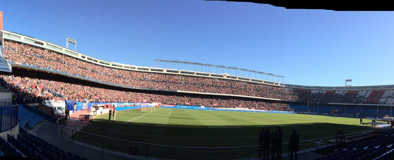 Foto: Panorámica del Vicente Calderón antes de la presentación de Fernando Torres. (El Confidencial)