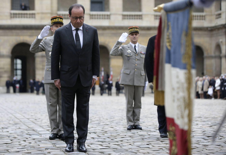 Foto: Hollande durante una ceremonia en el Hotel de los Invalidos de París, el 19 de noviembre de 2015 (Reuters).