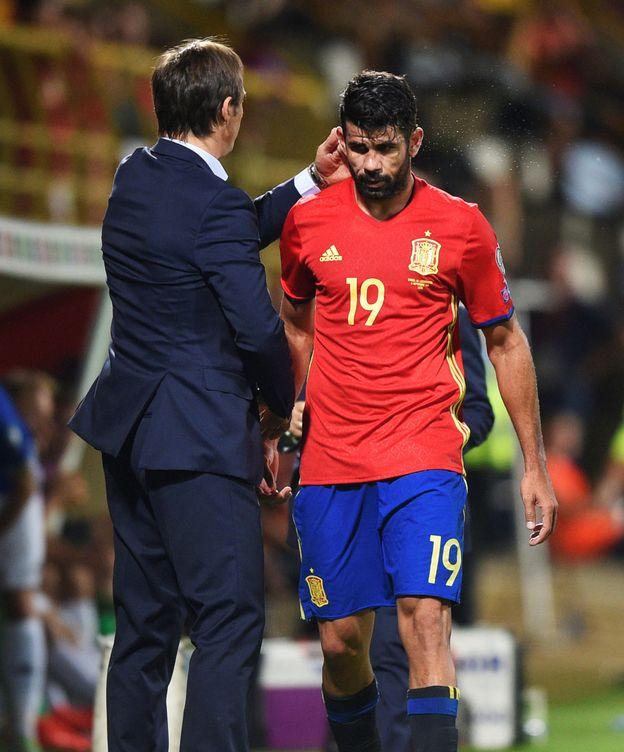 Foto: Lopetegui saluda a Diego Costa. (Reuters)