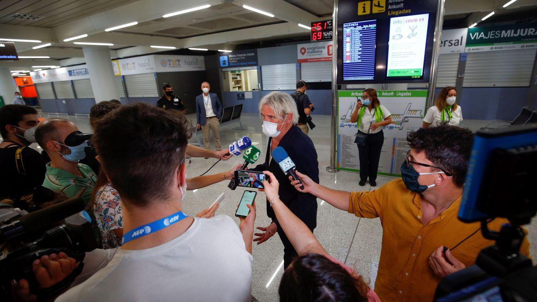 Foto: Uno de los primeros turistas llegados a Palma este pasado lunes. (Reuters)