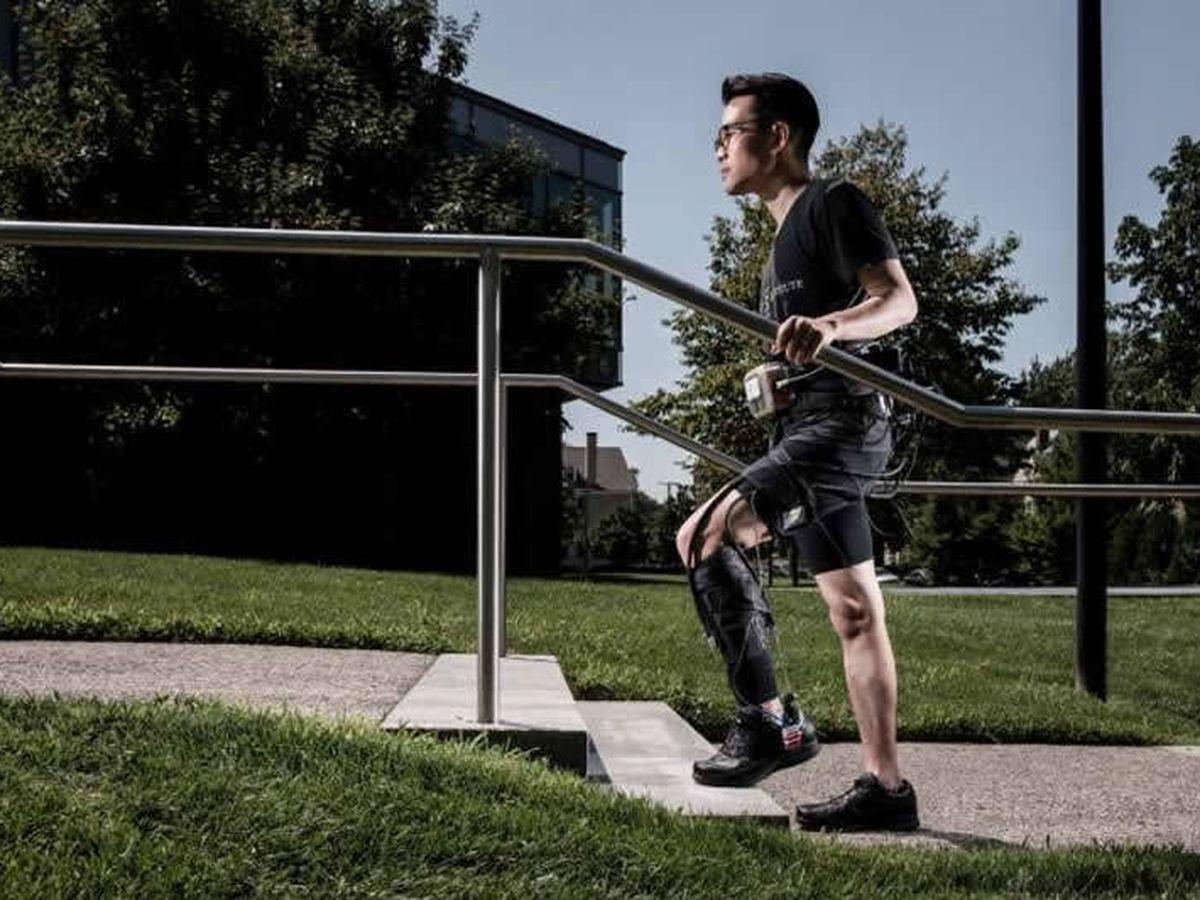 Foto: Exotraje para mejorar la movilidad de los pacientes tras el ictus. Foto: Wyss Institute/Universidad de Harvard