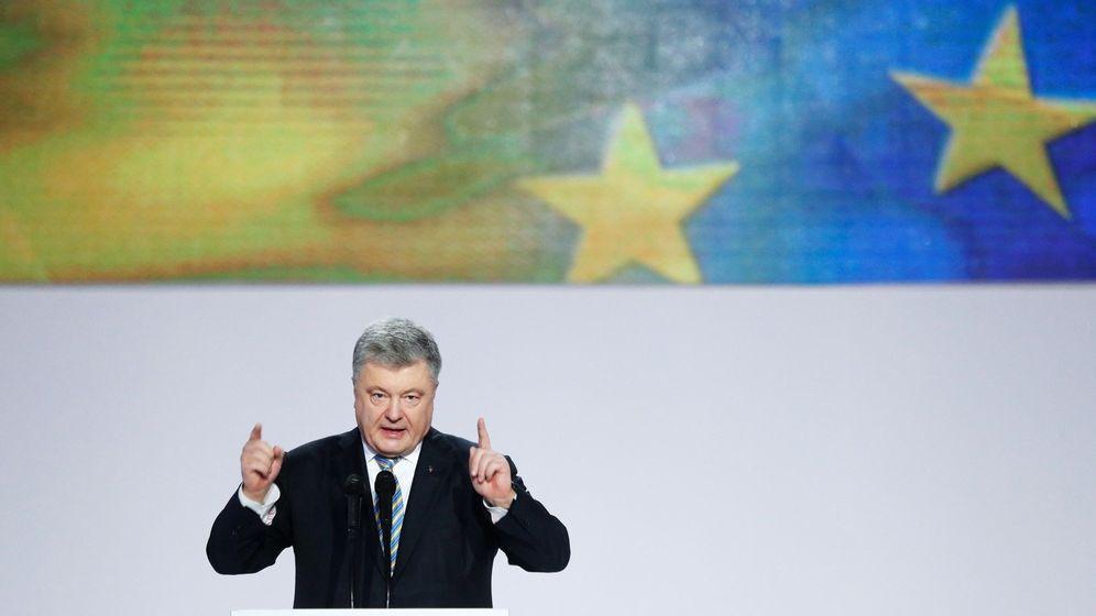Foto: El presidente de Ucrania Petró Poroshenko anuncia su candidatura a la reelección en Kiev, el 29 de enero de 2019. (EFE)