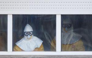 Juristas 'censuran' a la prensa: la foto íntima de la enferma de ébola no debió publicarse