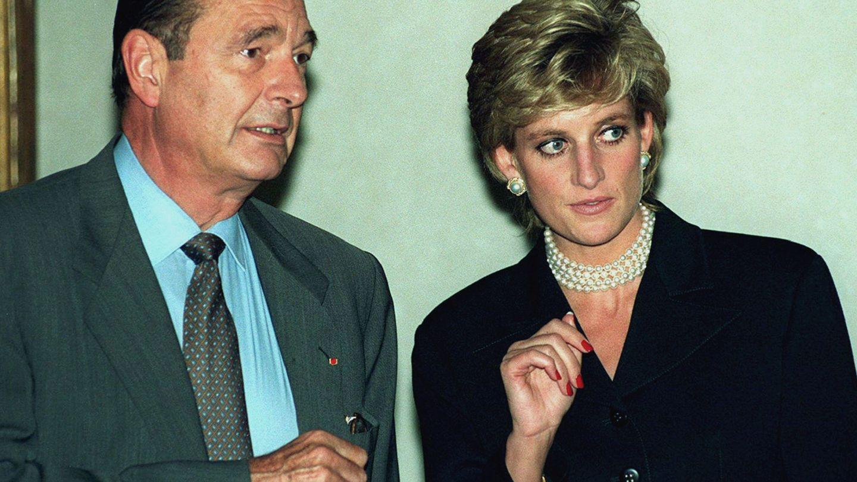La princesa Diana, junto a Jacques Chirac en 1995. (Reuters)