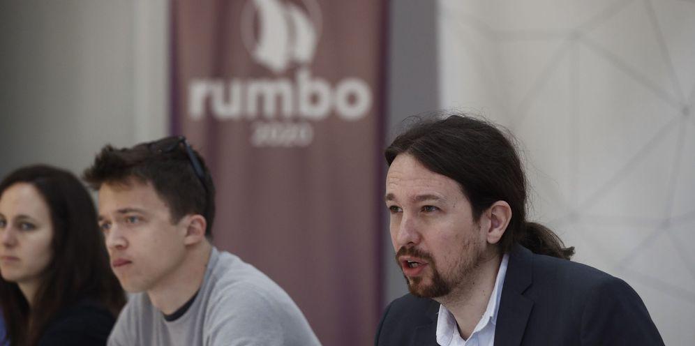 Foto: Errejón e Iglesias en la reunión de Rumbo 2020. (Emilio Naranjo/Efe)