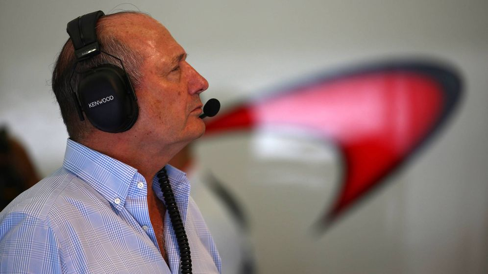 Foto: Ron Dennis, esta temporada, en el box de McLaren.