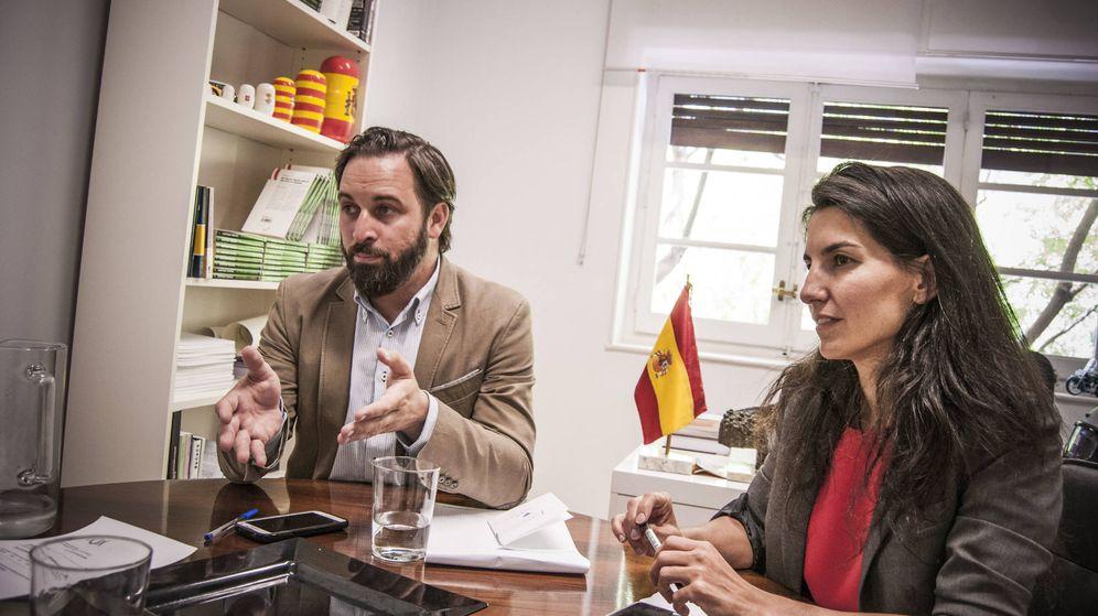 Foto: Santiago Abascal y Rocío Monasterio, en la sede de Vox.