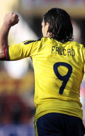 Falcao apuntilla a una ingenua Bolivia y mete a Colombia en cuartos