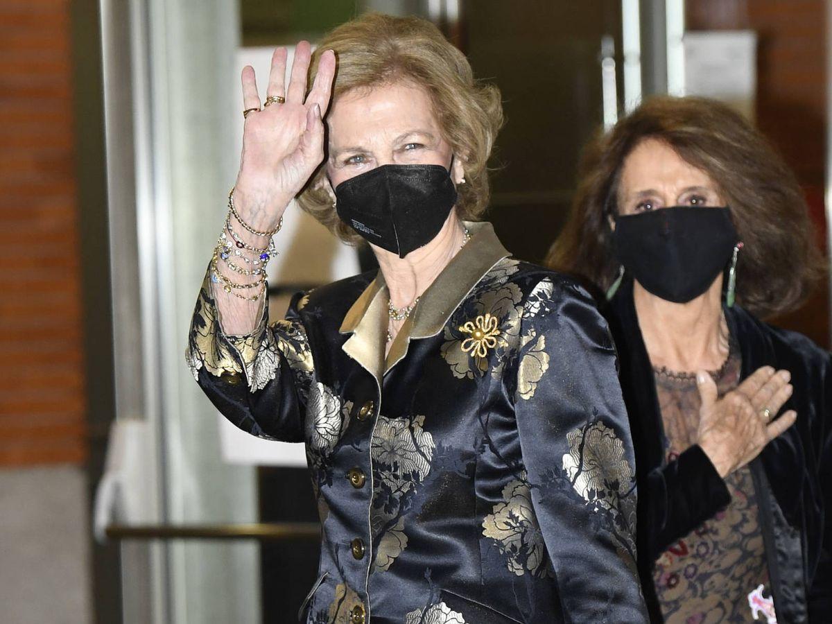 Foto: La reina Sofía, a su llegada al acto. (LP)