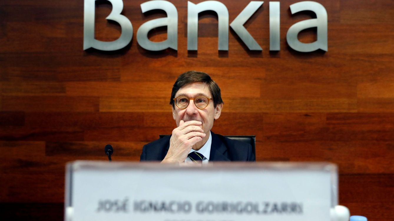 Bankia pide prudencia con la reforma laboral y niega crispación con Podemos