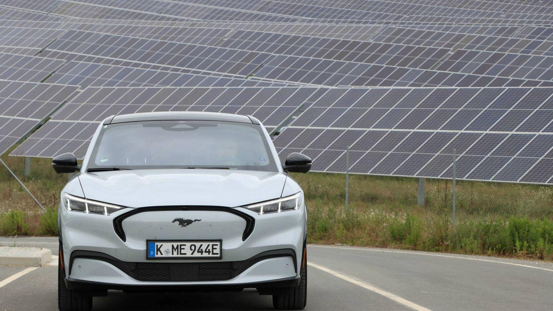 El mayor parque fotovoltaico vasco se encuentra junto al polígono industrial de Arasur, al sur de Álava, la comarca con más horas de sol de Euskadi.