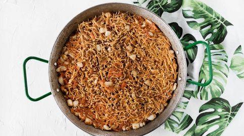 Vídeo-receta: rossejat de sepia, una paella de fideos fritos