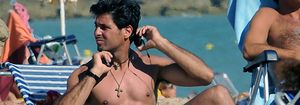 Fran Rivera se refugia en las playas de Cádiz tras su polémica demanda a Eugenia