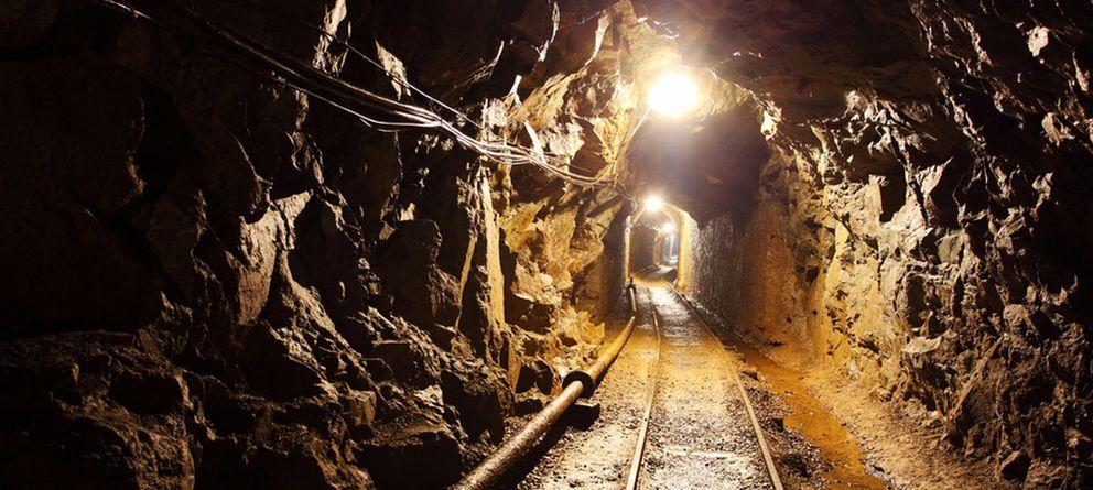Foto: El interior de una mina de oro. (EFE)