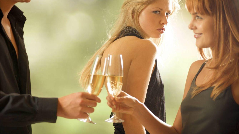 Foto: Tener pareja confiere un estatus. (iStock)