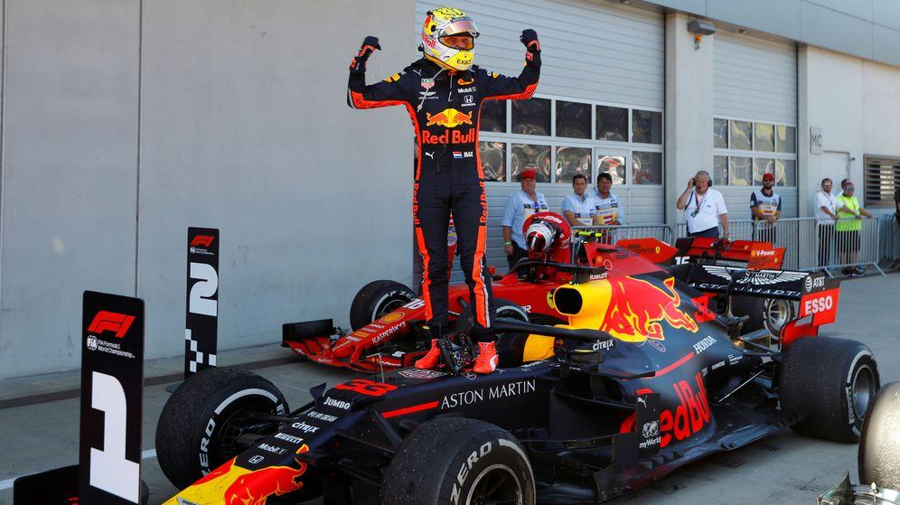 Foto: Verstappen le birló la victoria a Leclerc. (Reuters)