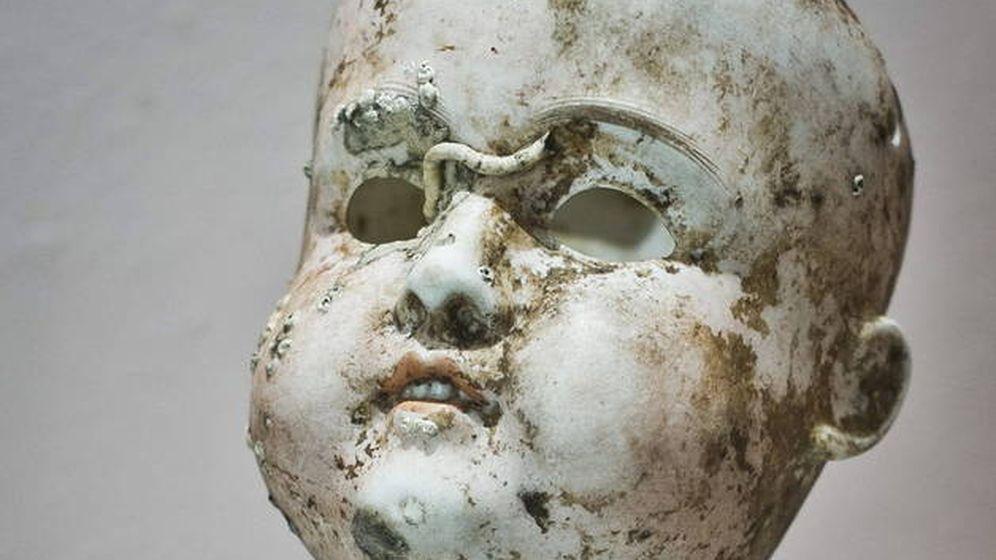 Foto: La cabeza de porcelana ha aguantado debajo del mar durante 60 años (Catawiki)