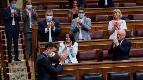 Sánchez y Casado se lanzan a la cabeza el acuerdo de la UE