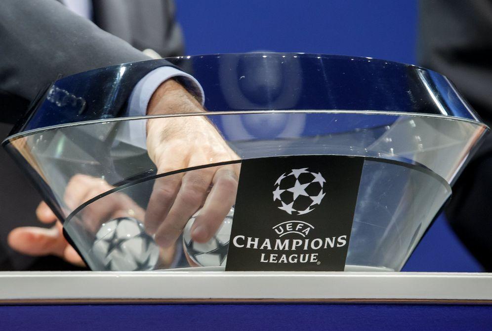 Foto: El lunes 11 de diciembre se celebra el sorteo de los octavos de final de la Champions League. (EFE)