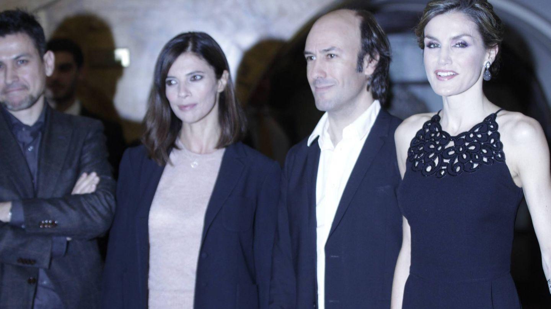 Rodrigo Cortés, a la izquierda, con Letizia y Maribel. (CP)