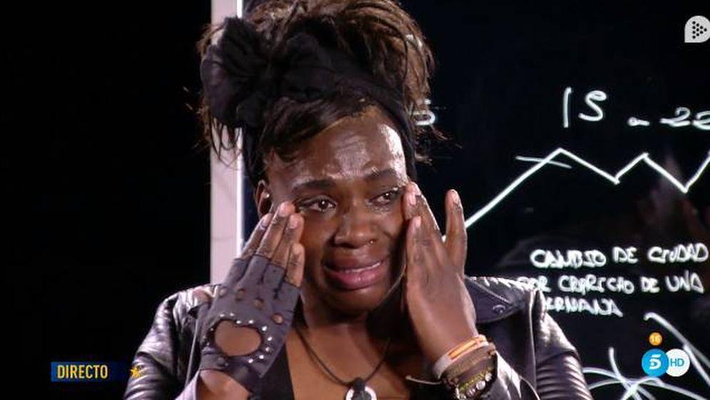 Foto: Carolina Sobe, llorando en 'GH Dúo'. (Telecinco)