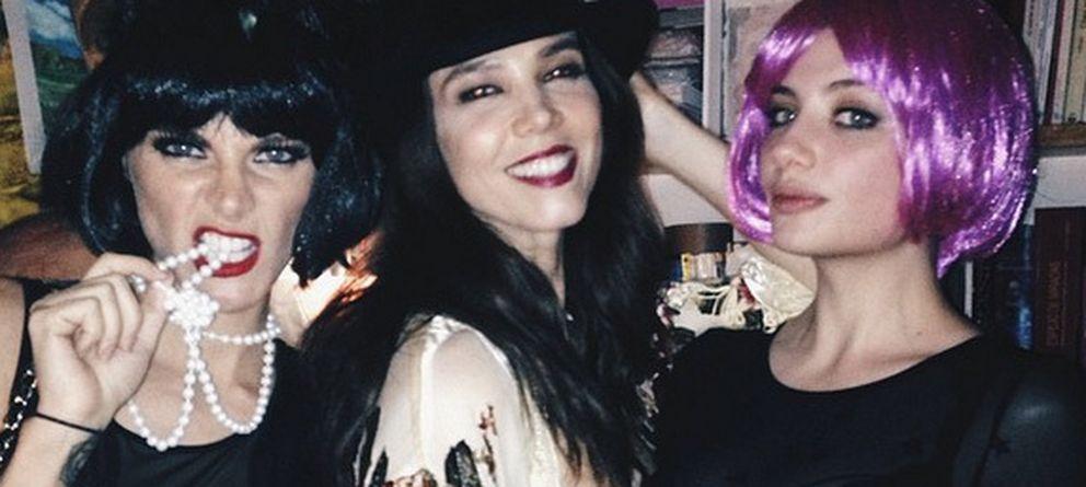 Foto: Juana Acosta junto a Amaia Salamanca y Miriam Giovanelli (Instagram)