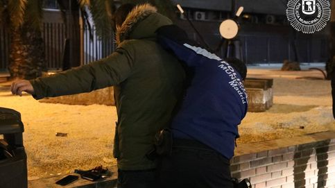 Tres detenidos por agredir a los policías que les pillaron de botellón sin mascarilla