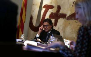 La querella contra Mas, abocada al fracaso por la crisis de la Fiscalía