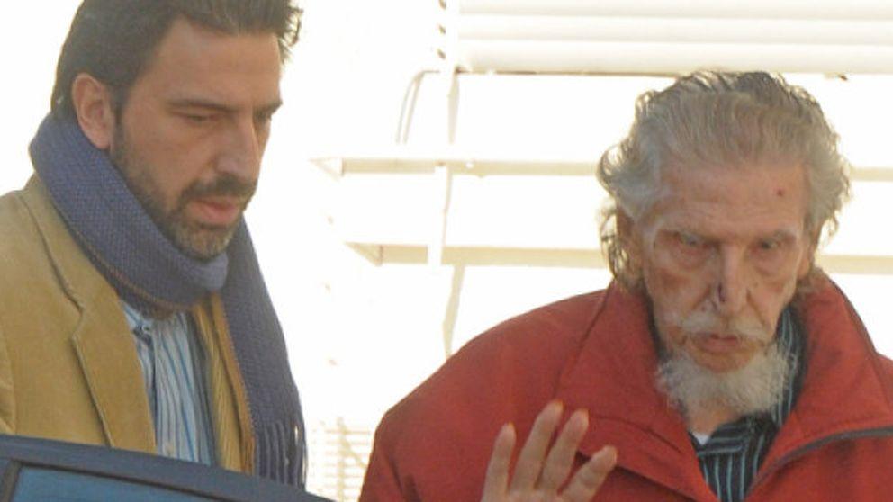 Don Leandro de Borbón recibe el alta tras ser operado de una hernia inguinal