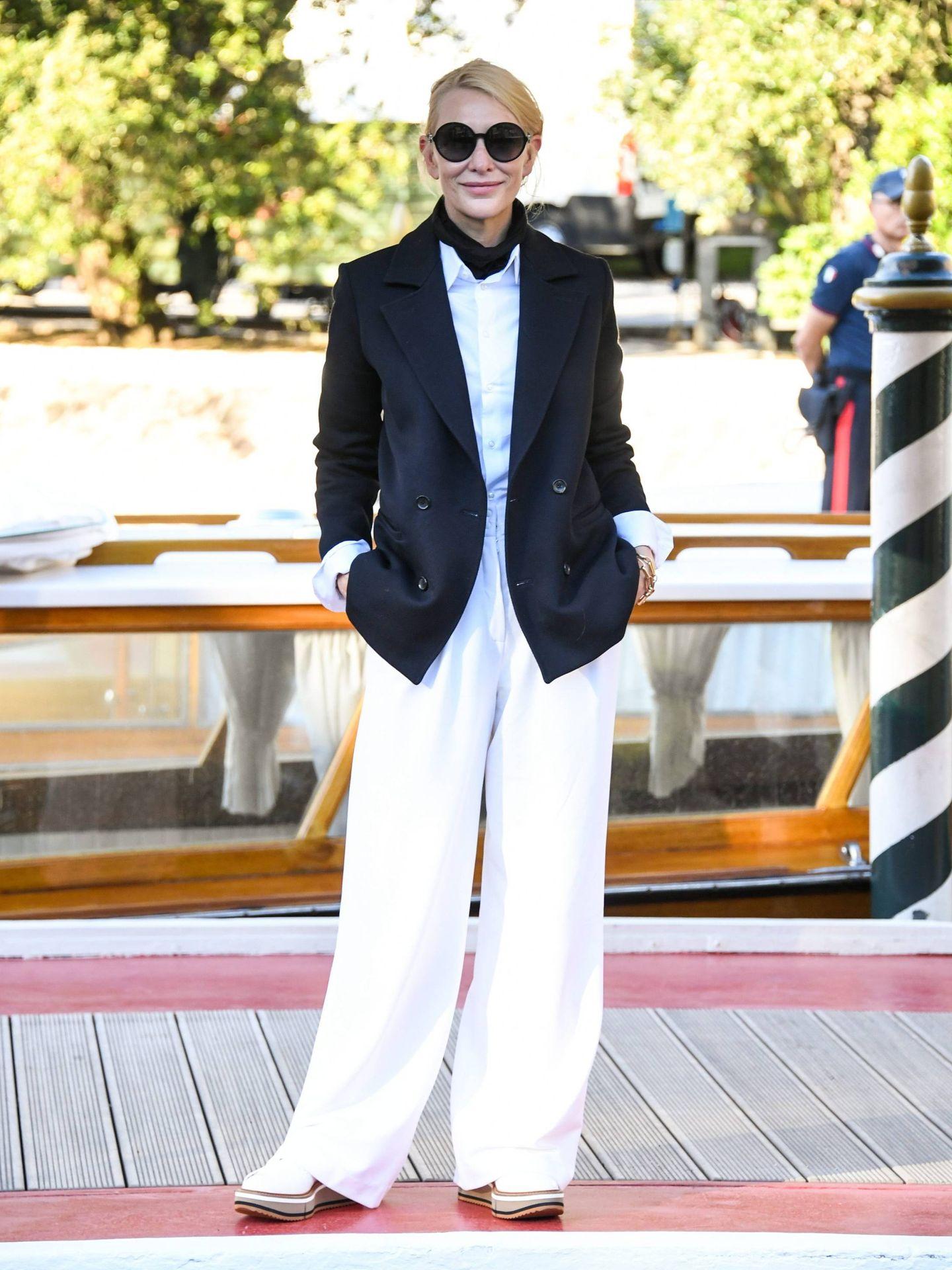 El look de Cate Blanchett al completo. (Cordon Press)