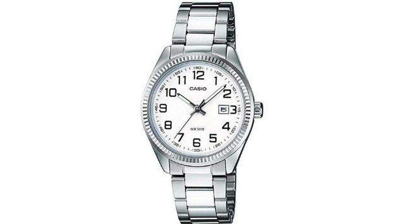 Reloj analógico Casio. (Cortesía)