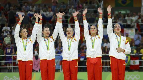 El portentoso equipo de gimnasia rítmica se cuelga la medalla de plata