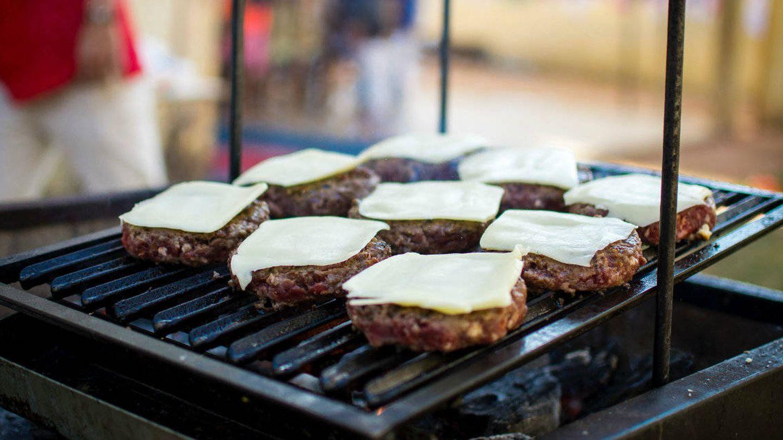 Las hamburguesas, un clásico de las parrillas.