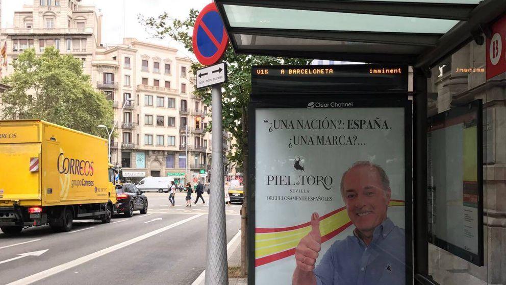 Martínez de Irujo irrumpe en las calles de Barcelona: ¿Una nación? España