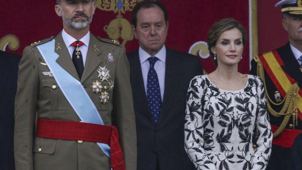 Doña Letizia y Varela se superan: este es su mejor look del Día de la Hispanidad
