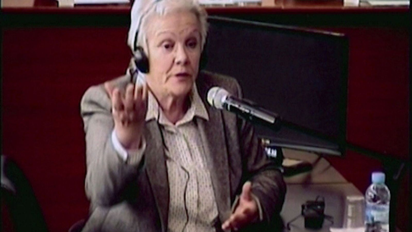 Foto: Marta Vallés, esposa de Fèlix Millet, expresidente del Palau de la Música, declarando en el juicio del Caso Palau. (Efe)