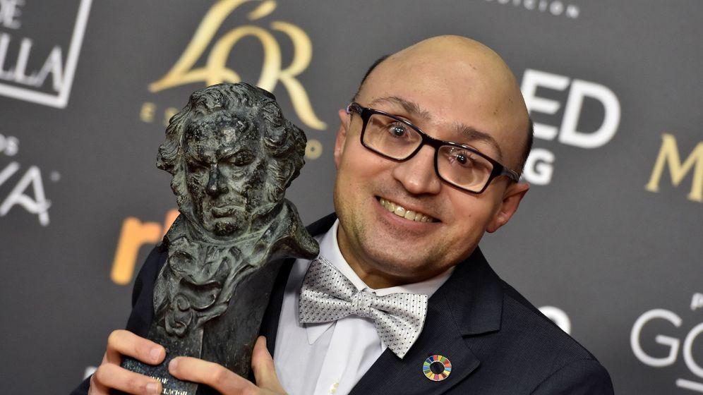 Foto: El actor Jesús Vidal, tras recibir el Goya al mejor actor revelación. (EFE)