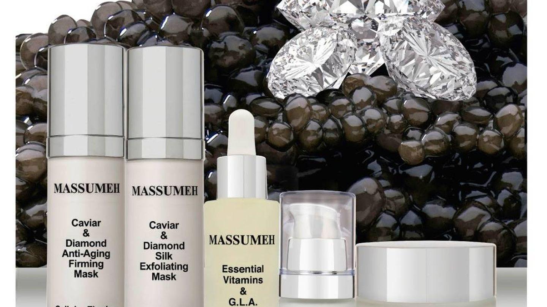 Los distintos productos de Massumeh, con su ingrediente estrella: el caviar (Foto: Pepe Botella)