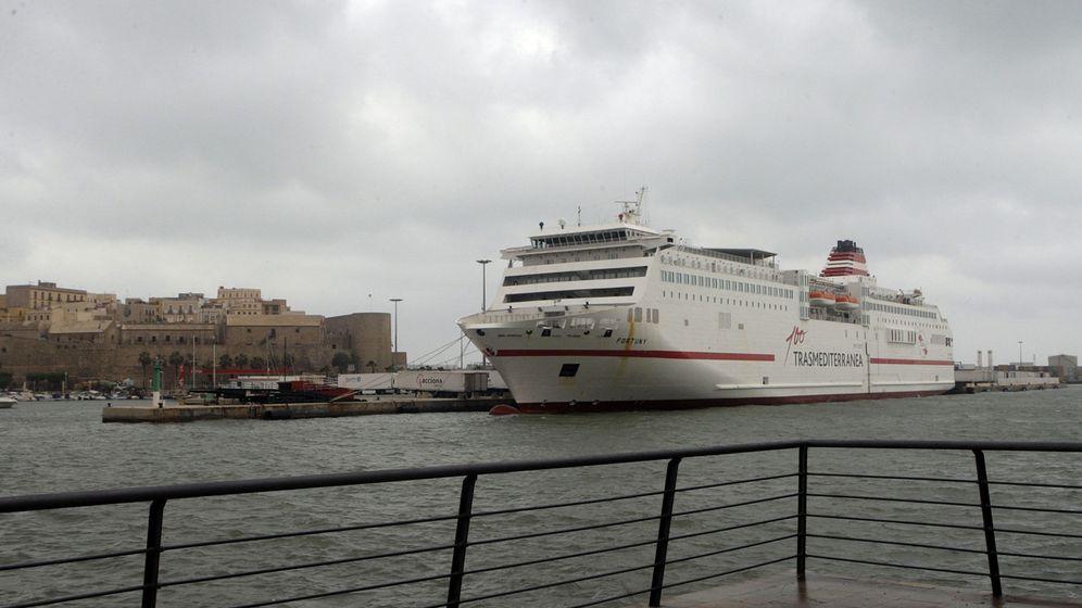 Foto: Foto de archivo del buque 'Fortuny' de Trasmediterránea que conecta Melilla con Málaga (Efe).