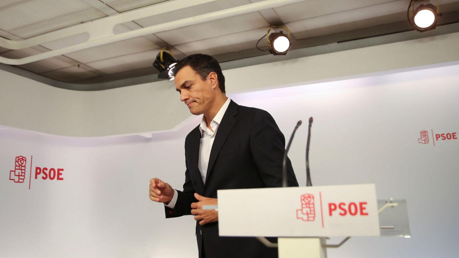 Foto: Pedro Sánchez, el pasado 30 de septiembre tras una declaración sin preguntas en Ferraz. (Reuters)